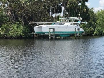 Boat Lift Cat 2