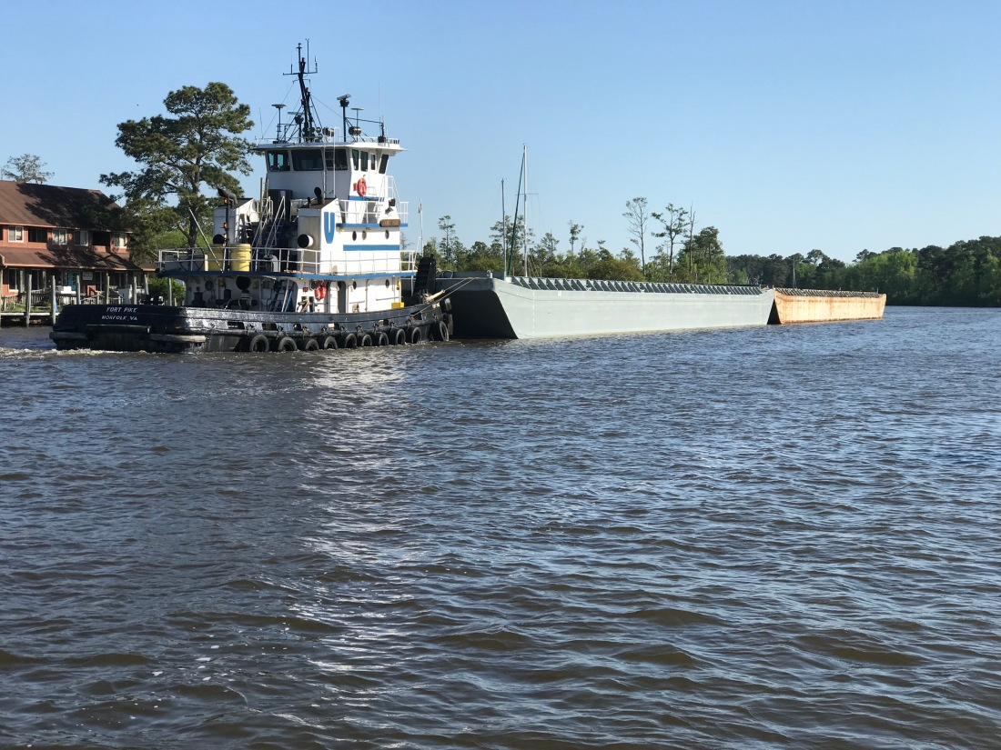 Tug 2 barges 3